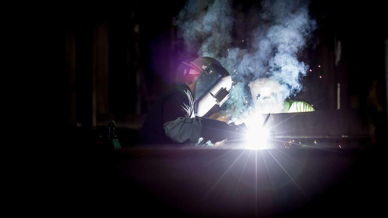 Quelle formation pour travailler dans une tôlerie industrielle?