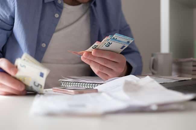 Ouvrir un compte bancaire sans revenu: est-ce possible?