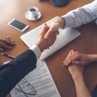 Entretenir les relations avec les partenaires