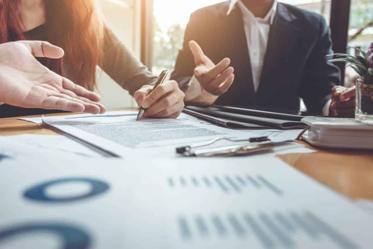 visuel-entreprise-assurance-contrat